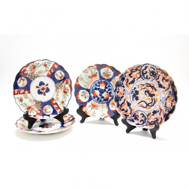 four-japanese-imari-cabinet-plates
