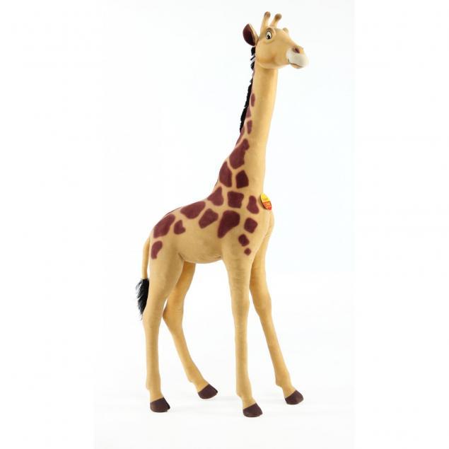 a-steiff-studio-size-male-giraffe