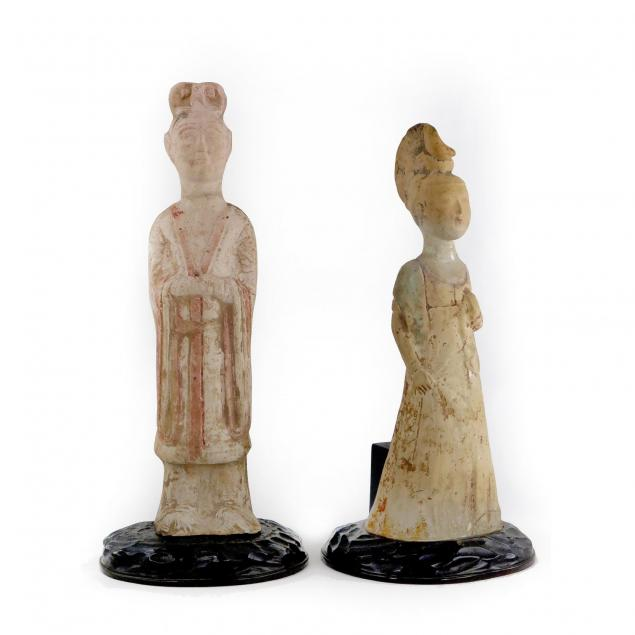 two-chinese-tomb-figures
