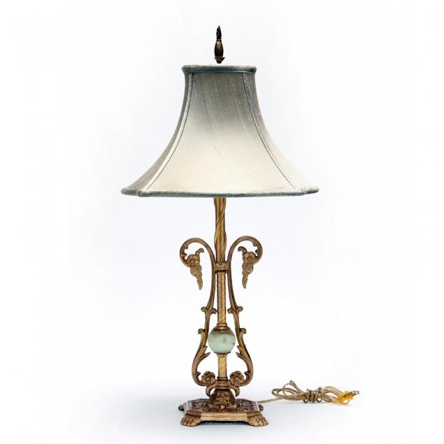 vintage-gilt-metal-table-lamp