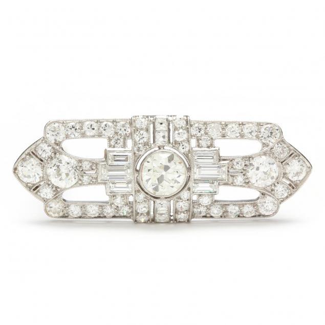 art-deco-platinum-and-diamond-brooch