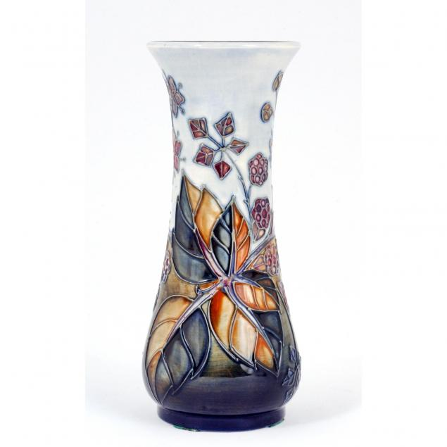 moorcroft-blackberry-vase