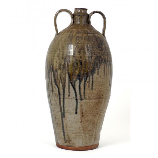 oakland-pottery-tall-vessel