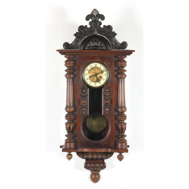 gustav-becker-keyhole-clock