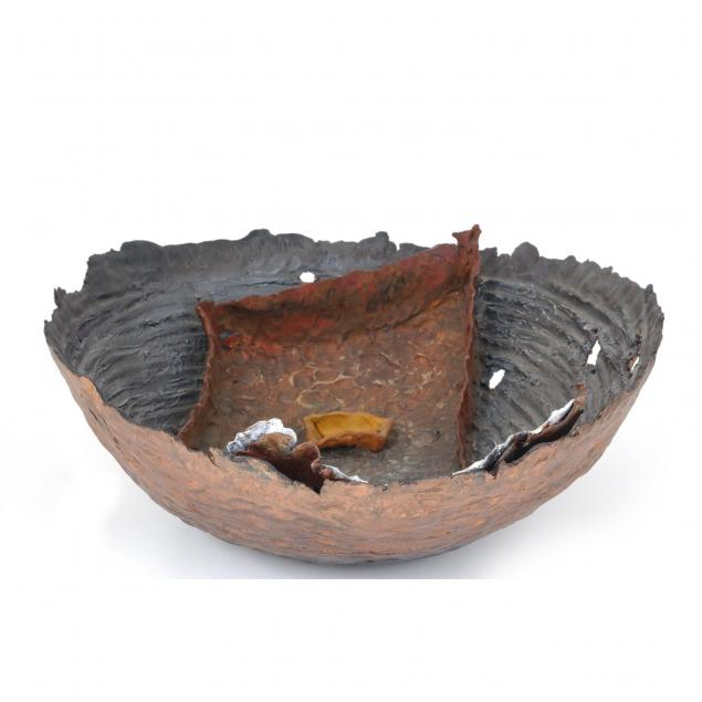 hand-formed-raku-studio-pottery-bowl