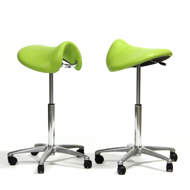 two-score-amazone-stools