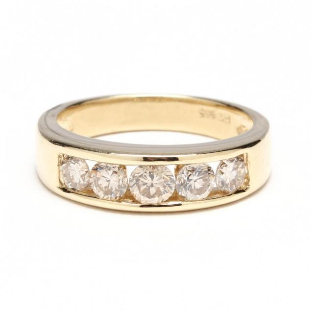 14kt-diamond-band