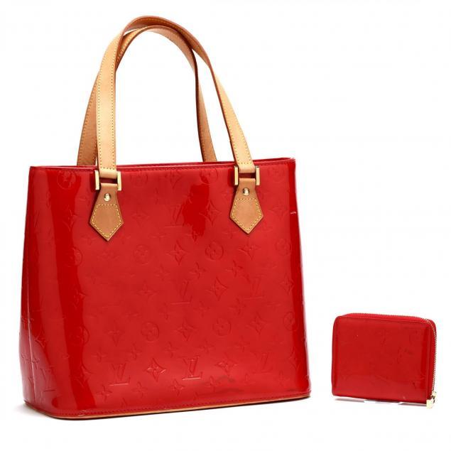 vernis-reade-handbag-and-matching-wallet-louis-vuitton
