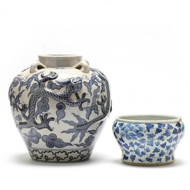 two-blue-and-white-vases