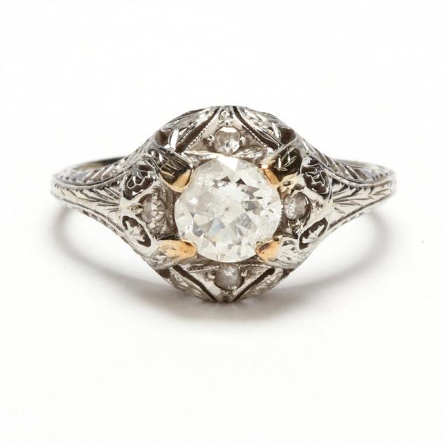 antique-18kt-diamond-ring