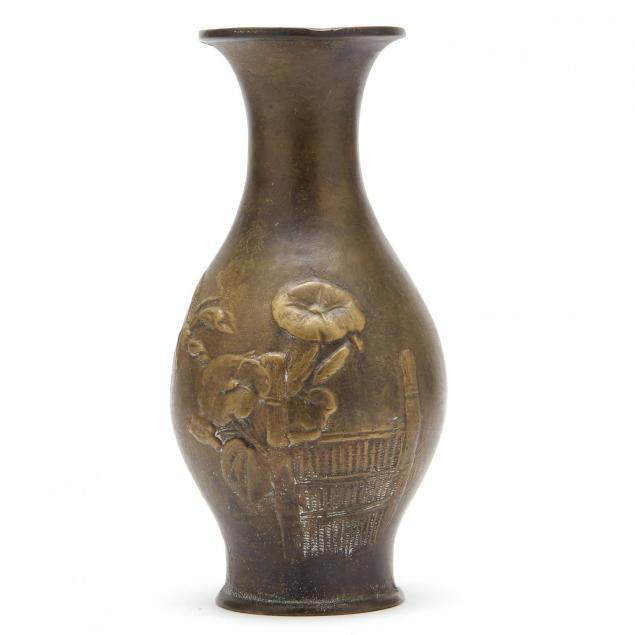 japanese-meiji-period-bronze-vase