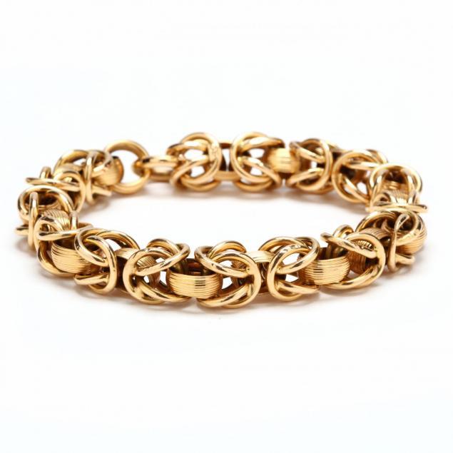 18kt-gold-bracelet-signed