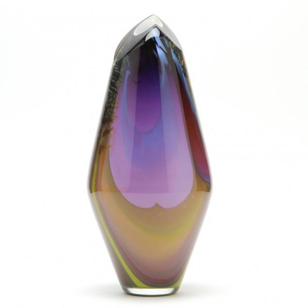 correia-post-modern-art-glass-vase