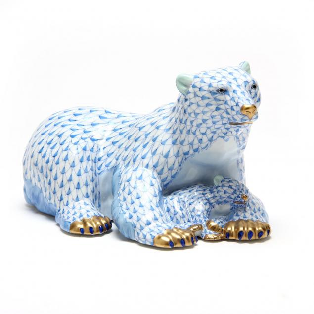 herend-polar-bear-and-baby-figurine
