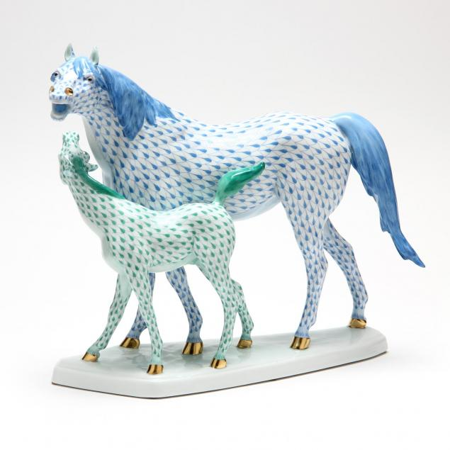 herend-mare-and-foal-figurine