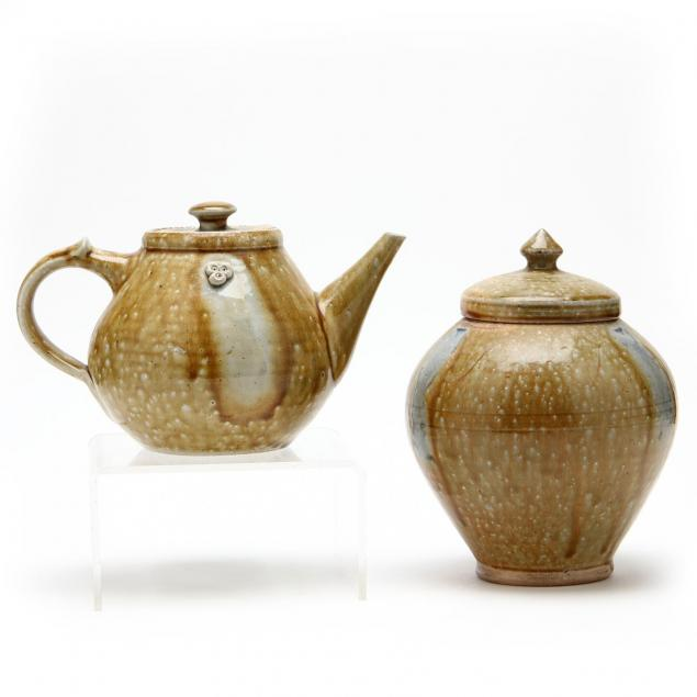two-lidded-vessels-by-mark-hewitt