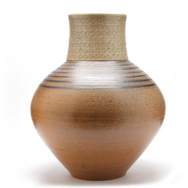 mark-hewitt-an-impressive-floor-vase