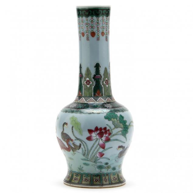 chinese-famille-rose-vase