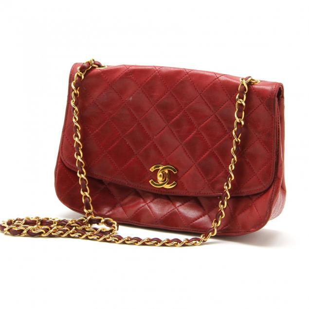 vintage-quilted-leather-flap-bag-chanel