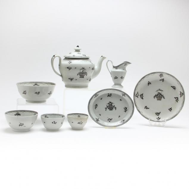english-tea-set-in-the-style-of-new-hall