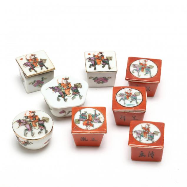 eight-chinese-miniature-porcelain-boxes