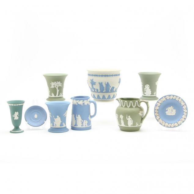 nine-wedgwood-table-accessories