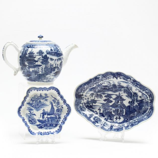 three-pieces-of-18th-century-blue-willow-porcelain