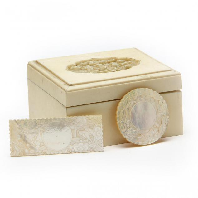 antique-chinese-carved-mother-of-pearl-poker-chips