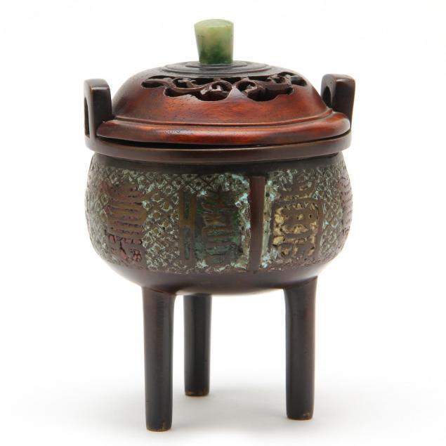 chinese-bronze-lidded-censer