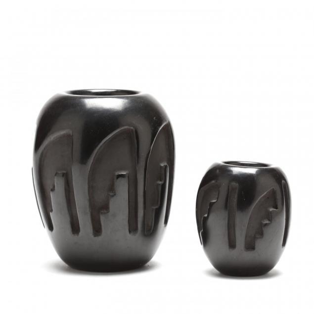 two-santa-clara-blackware-vases-by-celestina-naranjo