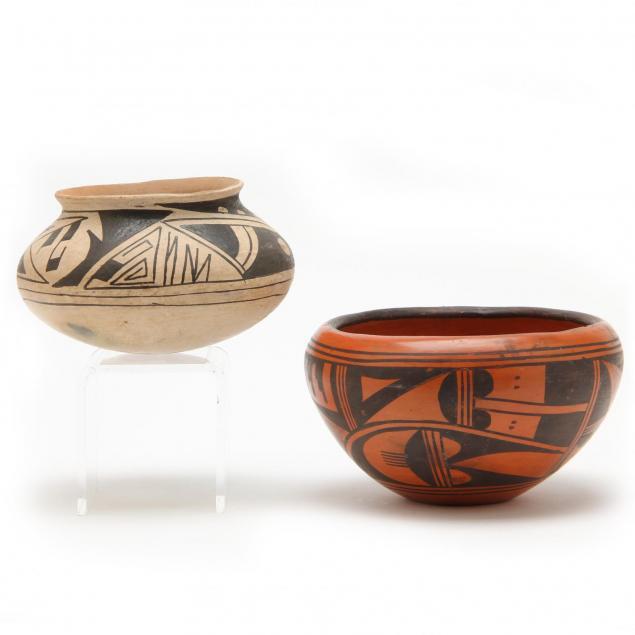 two-native-american-pueblo-pots