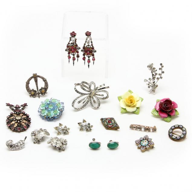 vintage-fashion-jewelry-group