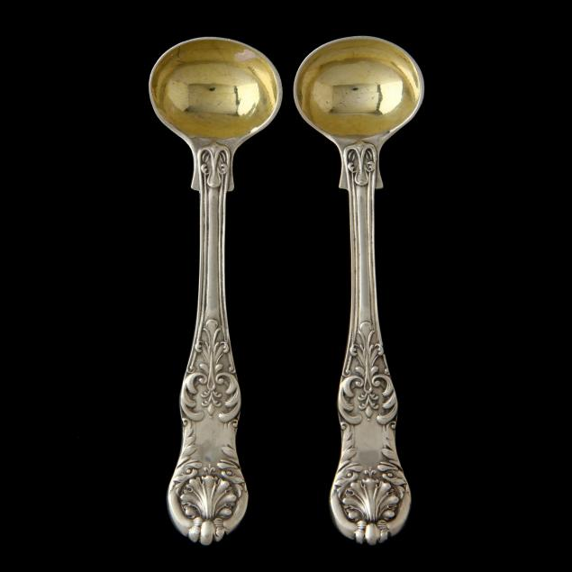 a-pair-of-victorian-silver-queens-master-salt-spoons