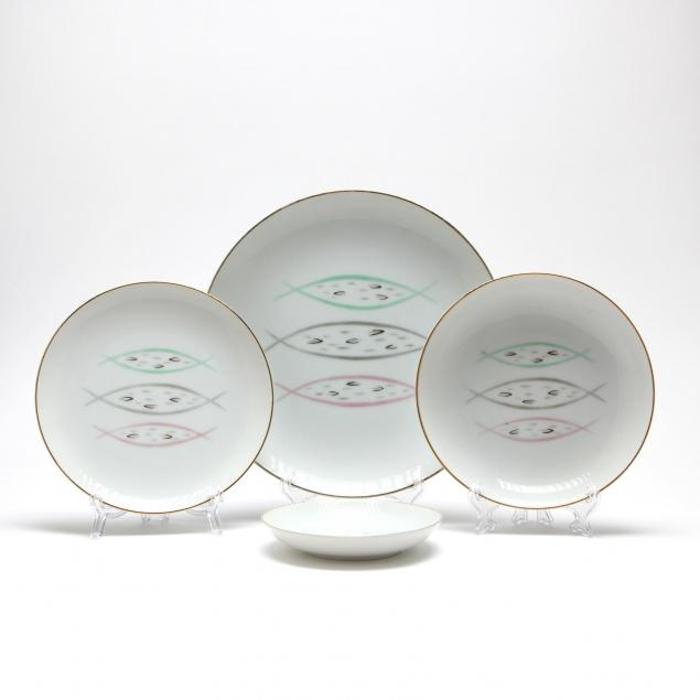 flair-atomic-dinnerware-by-l-m