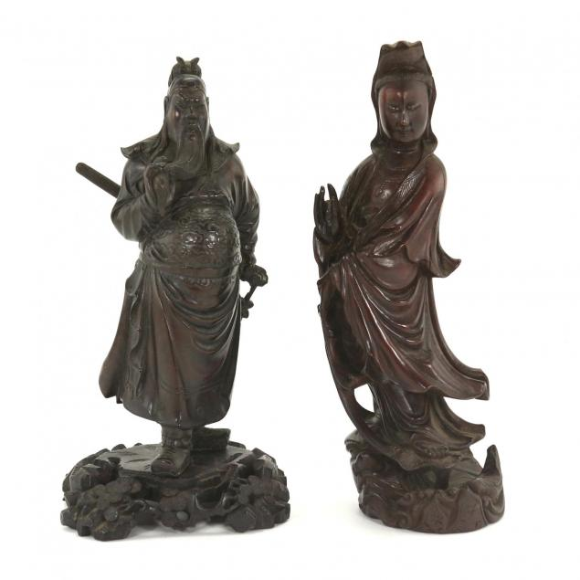 two-chinese-wood-carvings