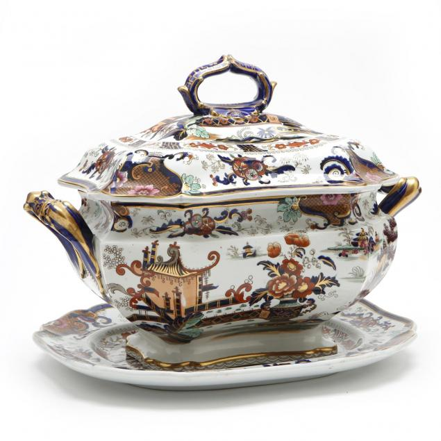 antique-english-imari-lidded-soup-tureen