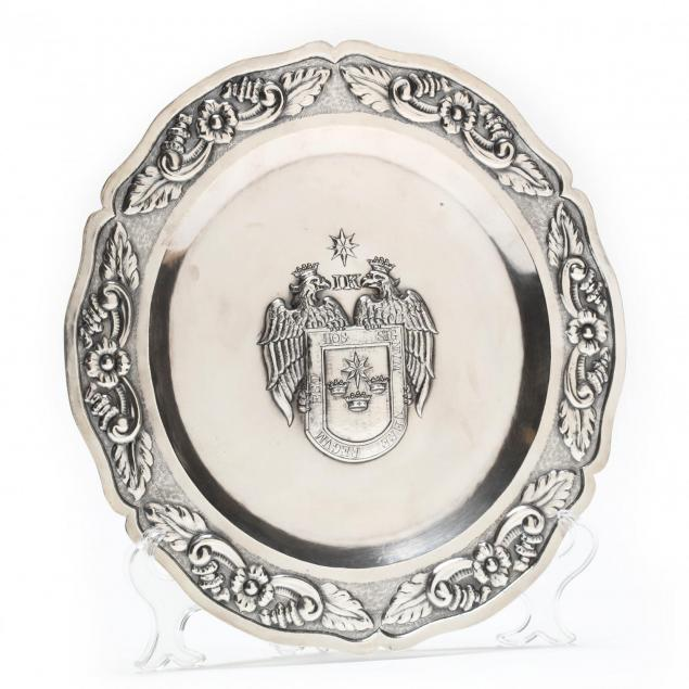 a-peruvian-sterling-silver-armorial-charger