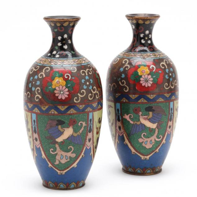 a-pair-of-small-japanese-meiji-period-dragon-and-phoenix-vases