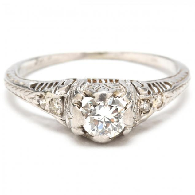 antique-platinum-and-diamond-ring