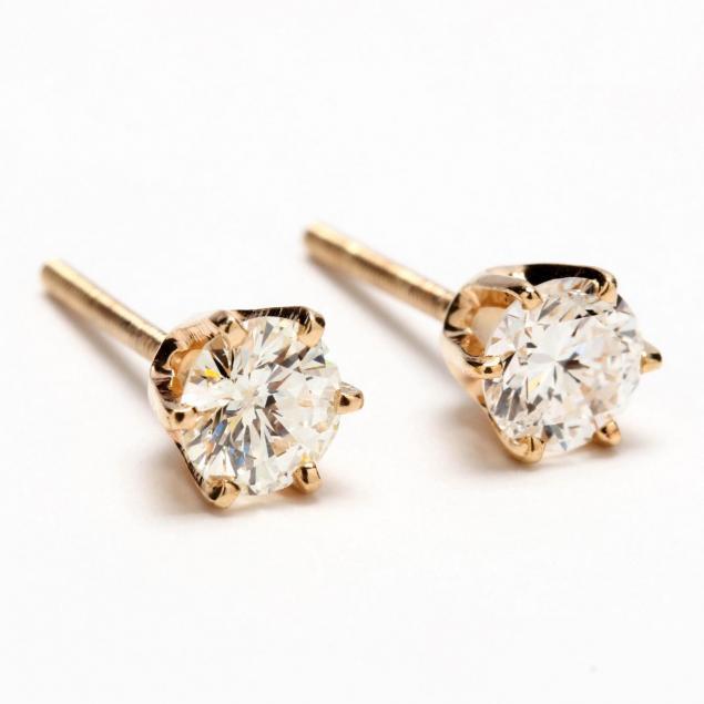 pair-of-diamond-stud-earrings