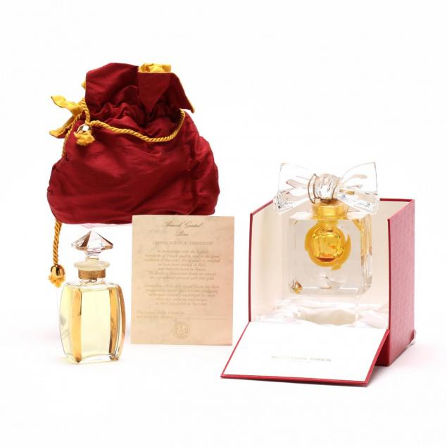 two-baccarat-crystal-perfumes