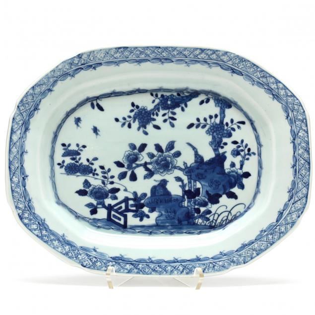 a-chinese-blue-and-white-porcelain-platter