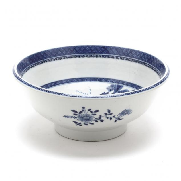 chinese-export-porcelain-center-bowl