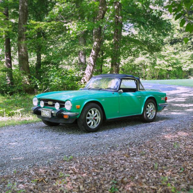 1976-triumph-tr6-convertible-with-hardtop