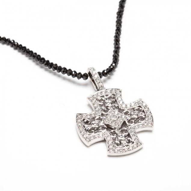18kt-diamond-bead-necklace-and-diamond-pendant