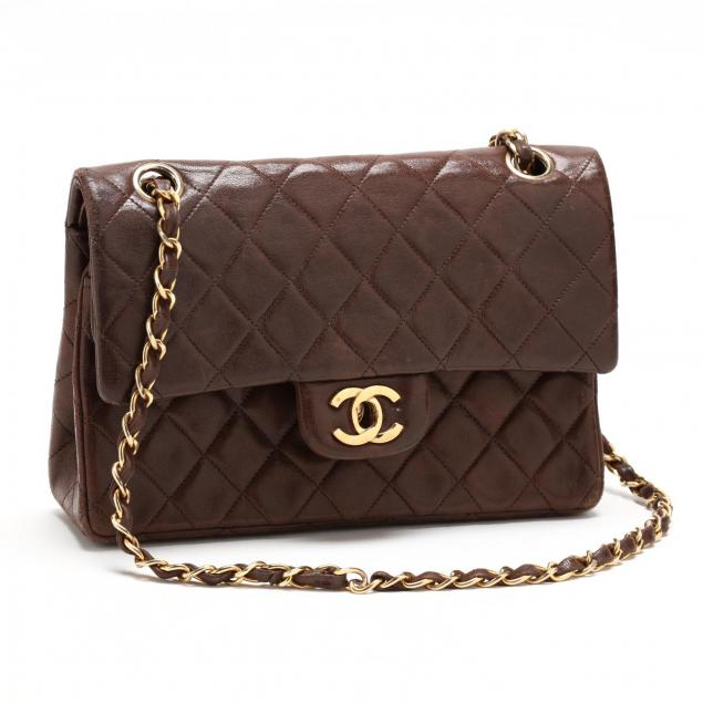 classic-small-double-flap-shoulder-bag-chanel