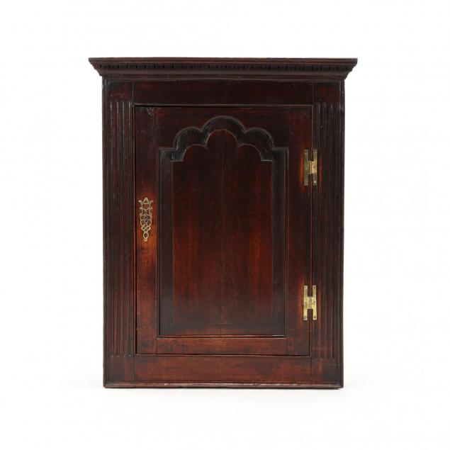 english-chippendale-oak-hanging-corner-cabinet