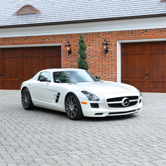 2011-mercedes-benz-sls-gull-wing-amg