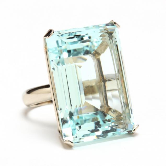 14kt-white-gold-and-aquamarine-ring
