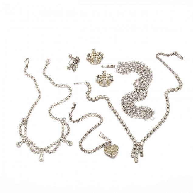 group-of-vintage-rhinestone-jewelry